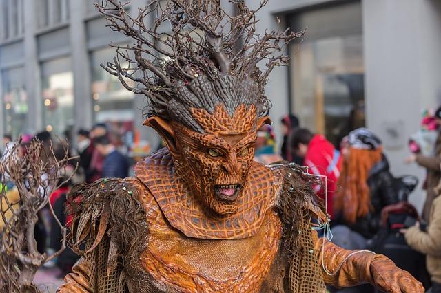 karnevals kostuem selber basten